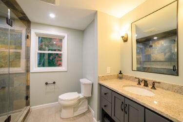 Rick Villandry Remodeling Carpenter - Bathroom (001 of 061)